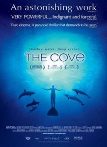 Zatoka Delfinów film